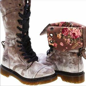 Dr. Martens triumph brown floral boots sz 8